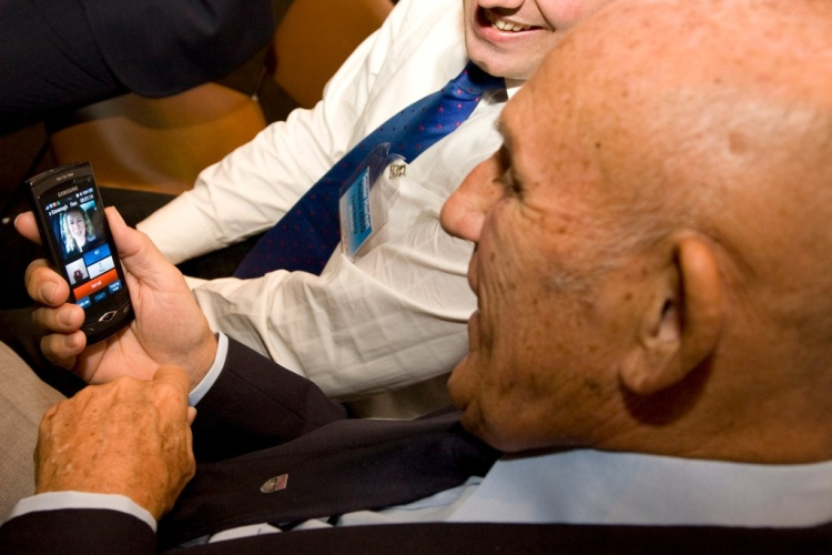 Sir Stirling Moss 3G Video Calling 3G Doctor Dr Fiona Kavanagh