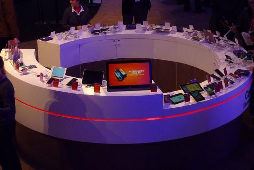 Qualcomm booths Device Bar #MWC14